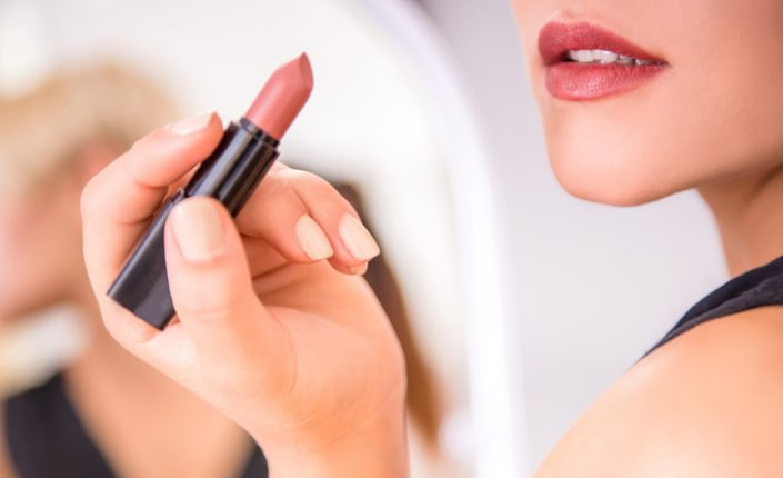 How Lipsticks might be Poisoning your Lips